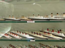 Cruise liner models